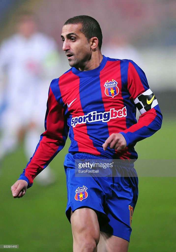 93391410-petre-marin-of-steaua-bucharest-during-the-gettyimages.jpg (716×1024)