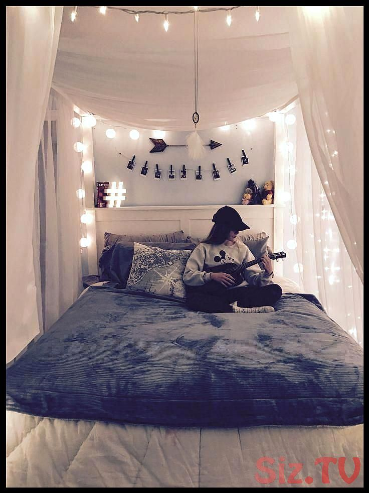 Pin On Tumblr Room With Lights
