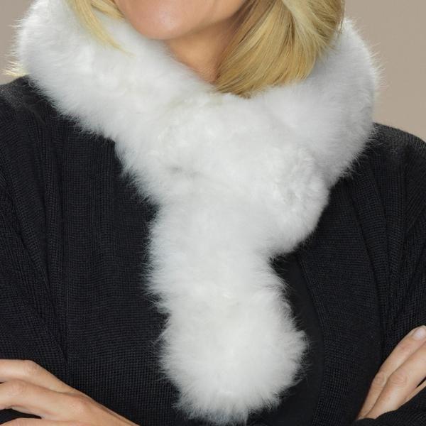Alpaca fur scarf white detail