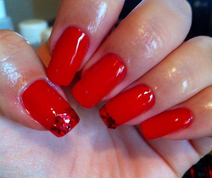gel σε φόρμα με κόκκινο μανό της rose gold  <3