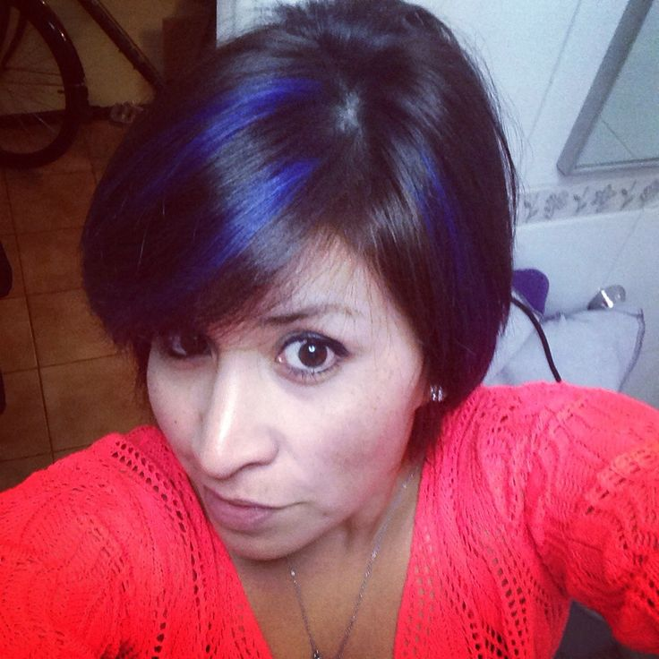 Mechas azules , color ,look
