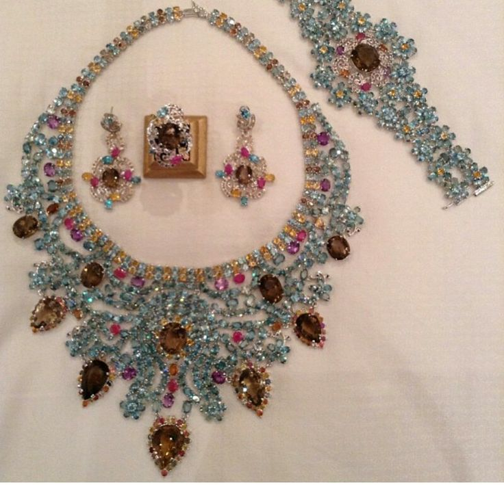 Magnificent jewels from the Royal Secret Collection from ...