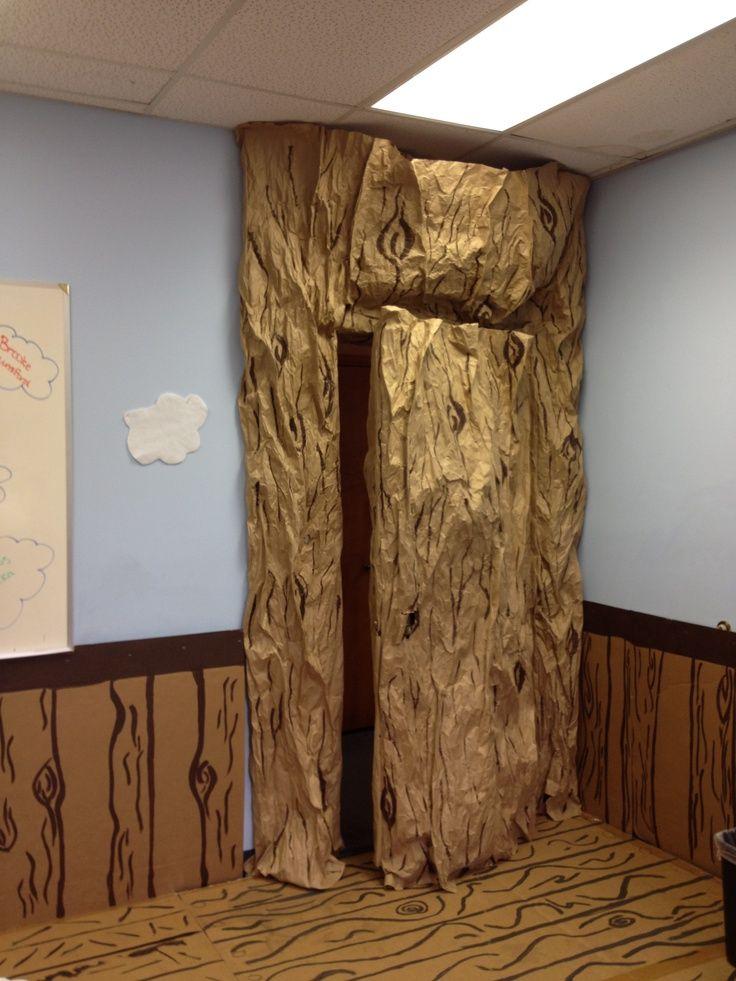 weird animals vbs trees | Preschool hall tree door