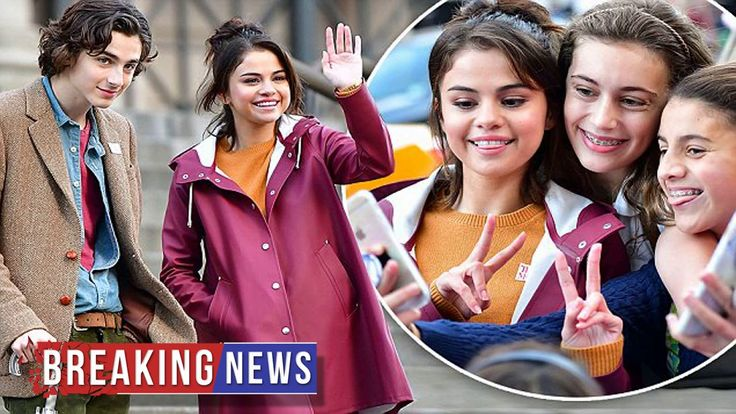 https://www.youtube.com/watch?v=ujHn3X3-X5A Selena Gomez takes selfies with fans in New York   Daily Mail Online —————————- Selena Gomez appears to be having a blast on the set of her new movie. The 25-year-old singer and actress was all...