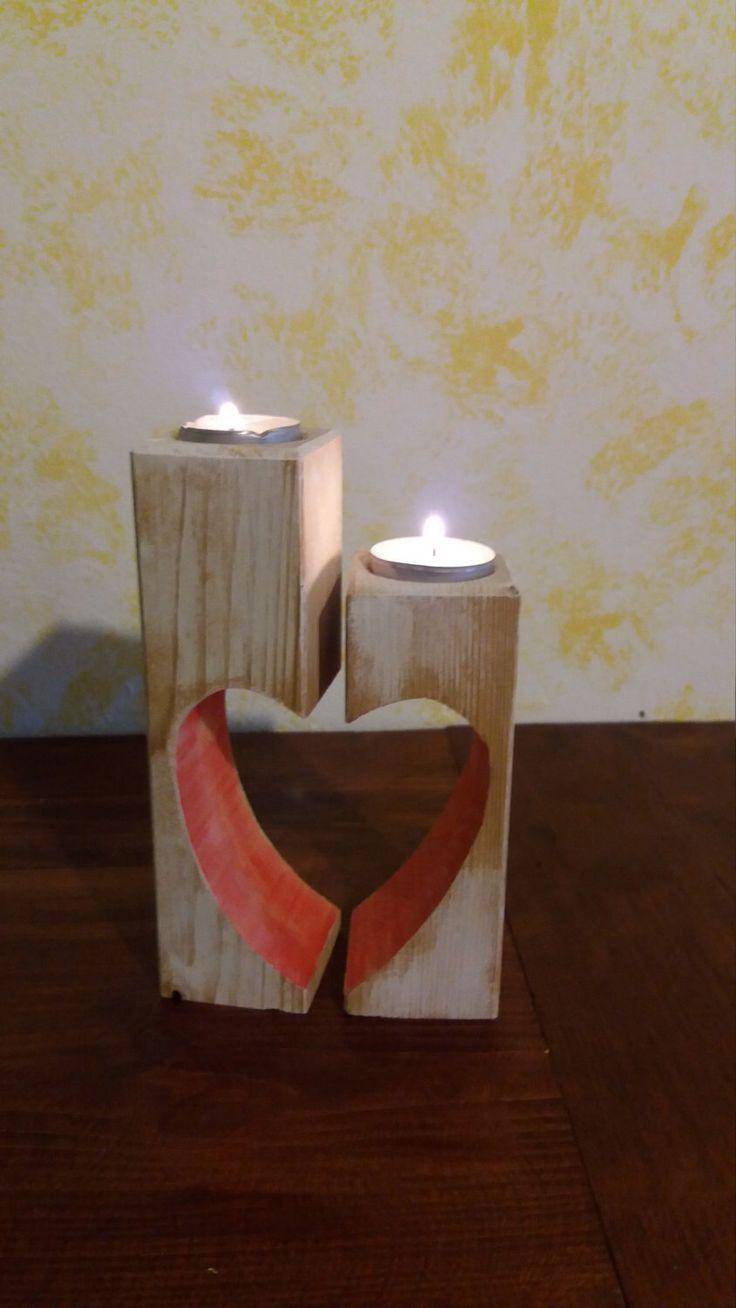 Candelabro in legno di PresentAndDecor su Etsy https://www.etsy.com/it/listing/474437391/candelabro-in-legno