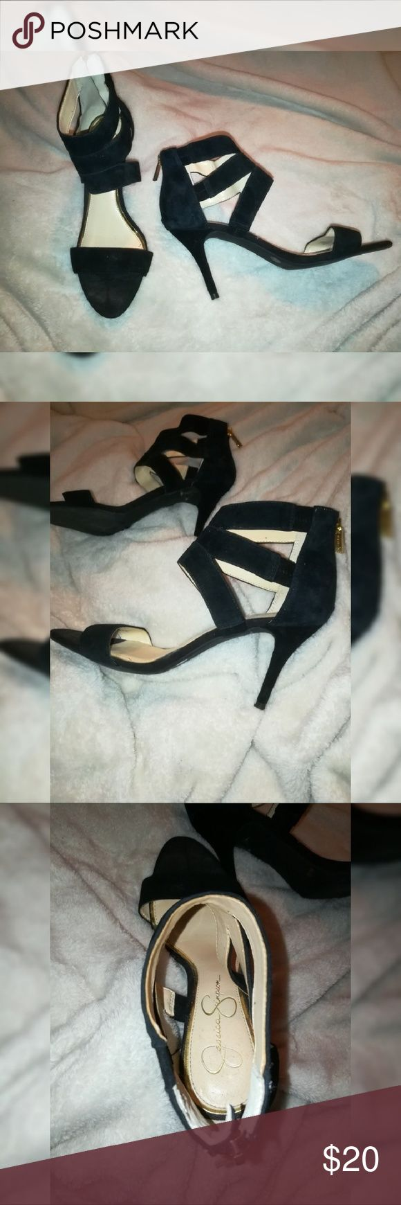 👠JESSICA SIMPSON BLACK SUEDE HEELS WITH ZIPPER Black suede heels with golden zipper back. Leather upper and man made sole material Jessica Simpson Shoes Heels