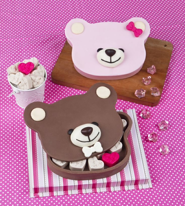 Love everywhere, go and Carry Hug Me Teddy Chocolate Box with you.. its made 100% From Chocolate :D