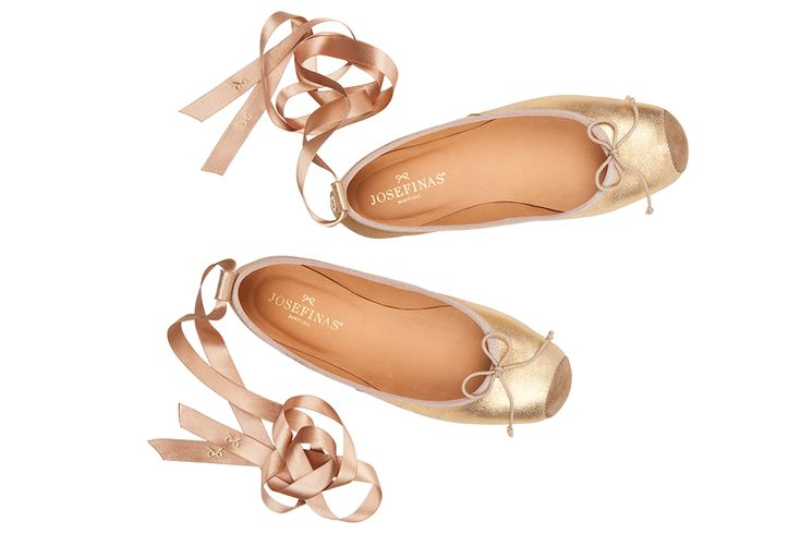 Moscow | Josefinas. 339 Euros is way out of my budget! Gorgeous though. I love the toe of these. So gorgeous.