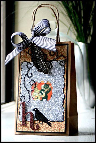 Vintage inspired halloween bag designed by Kazan Clark