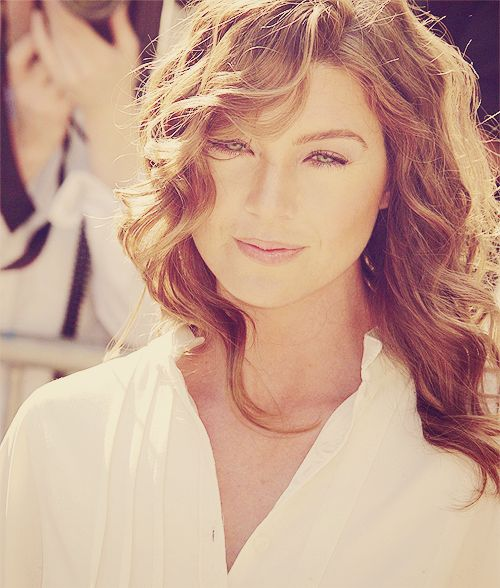 Ellen Pompeo is gorgeous.