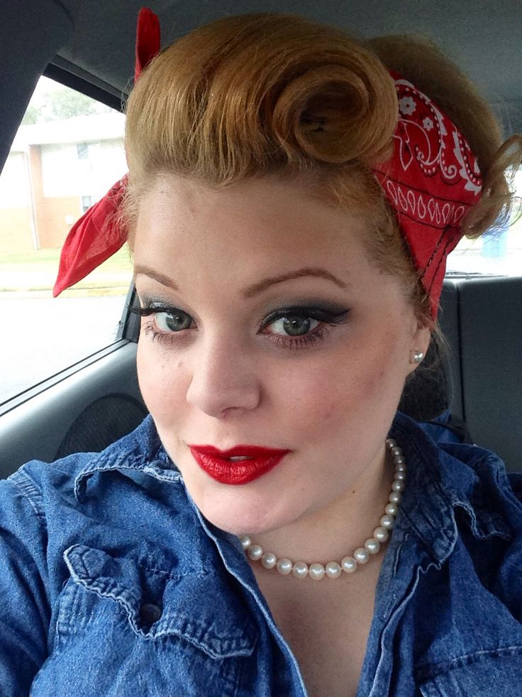 My Halloween costume, Rosie The Riveter, victory roll, pinup hair, hair
