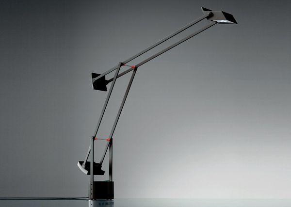 TIZIO CLASSIC LED Designed by Richard Sapper http://www.artemide.us/Products/Artemide_inc/tizio_led_table/Tizio_Table.pdf