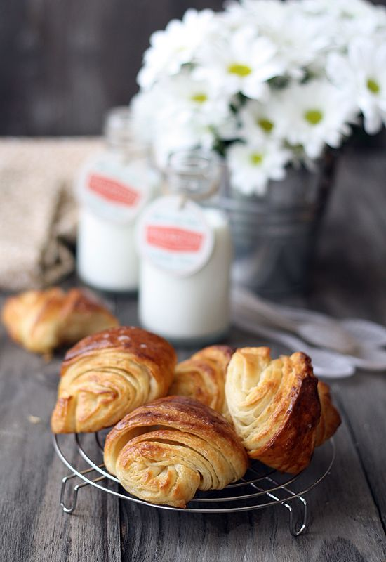 Croissants caseros.
