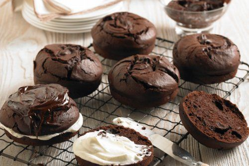 Chocolate parsnip cakes | Baking | Pinterest | Chocolate, Cakes and ...