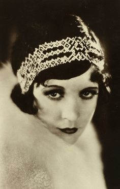 Back in history-flapper glamour and style   laurus world