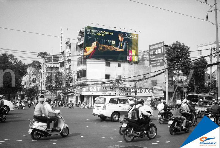 Bảng quảng cáo Sunsilk - Vòng xoay Thuận Kiều
