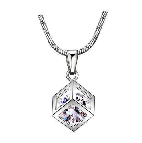 colier din argint ieftin si cu cristale http://www.bijuteriifrumoase.ro/cumpara/colier-cubic-mireasa-3288