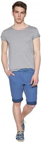 Tom Tailor Bermuda Slim Chino Brand : Tom Tailor Denim Bahan : 100%cotton  Size :29(Lp 87-88cm), 33(Lp 97-98cm), 38(Lp 109-110cm) Made In Indonesia