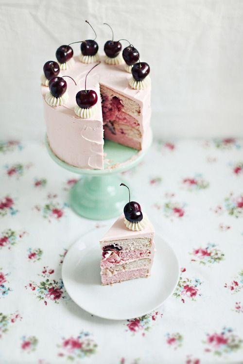 black cherry goodnessCake Recipe, Vanilla Cake, Cake Desserts, Swiss Meringue, Minis Cake, Layered Cake, Birthday Cake, Cherries Vanilla, Cherries Cake