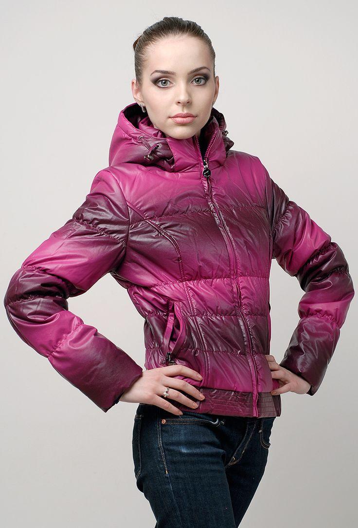 Женская молодежная куртка Icebear цвета фуксии