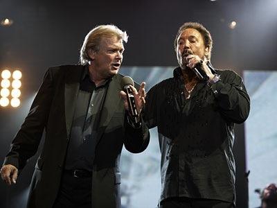John Farnham & Tom Jones