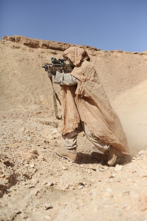 Israeli Special Forces- they look like sand people from starwars.