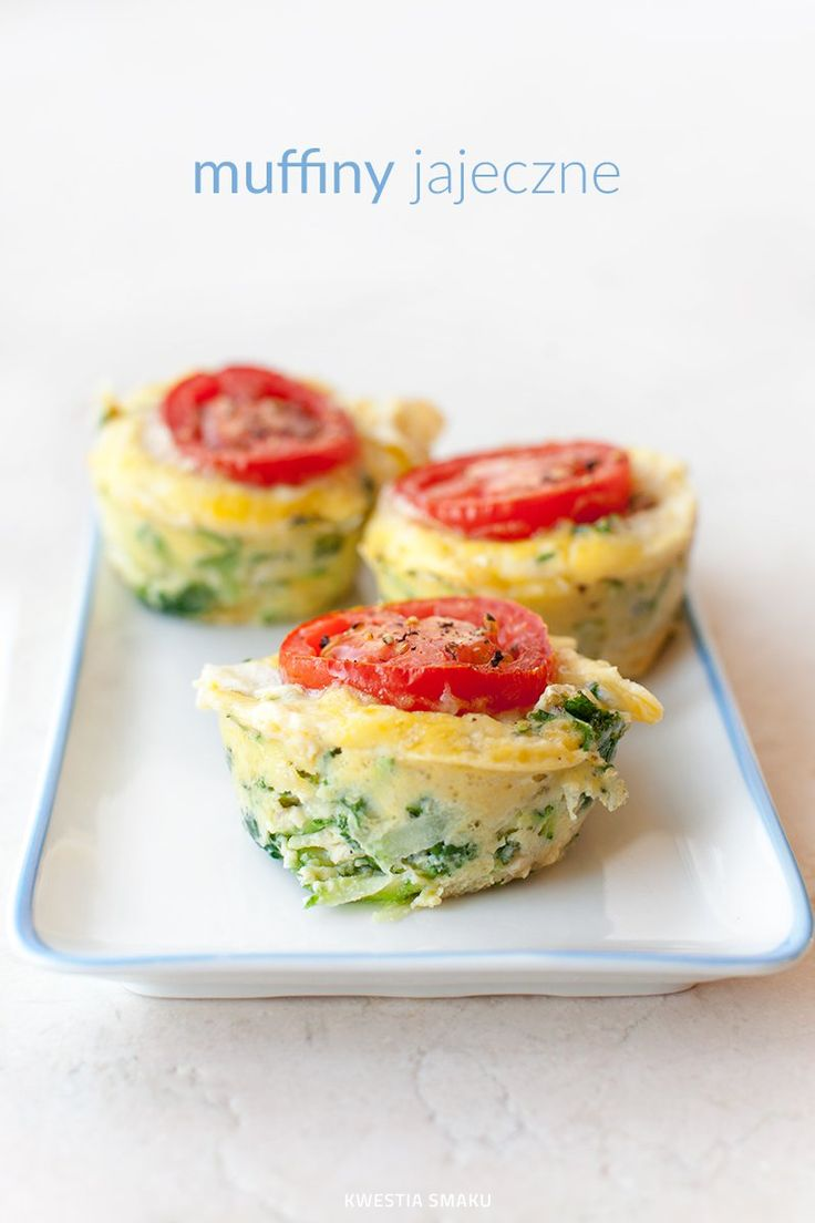 Muffiny jajeczne z cukinią i jarmużem