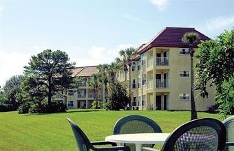 Parc Corniche Condominium Resort Hotel, 6300 Parc Corniche Drive, Orlando, Florida United States (Click For Current Rate)