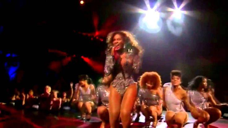 she rocks it!  Beyoncé   Single Ladies Live MTV VMA 2009