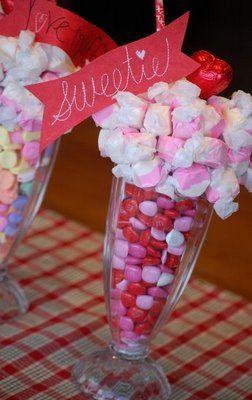 Valentine Centerpieces: Teacher Gifts, Valentines Ideas, Candy Centerpieces, Dollar Stores, Gifts Ideas, Cute Ideas, Parties Favors, Valentines Day, Parties Ideas