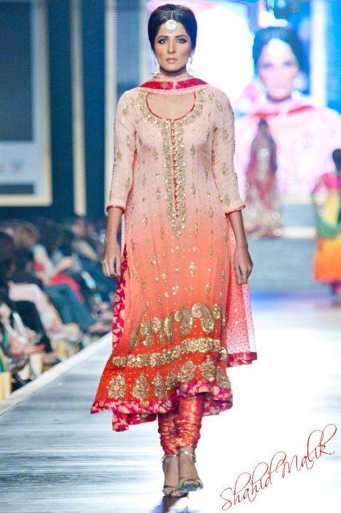 Gorgeous Churidar Kameez Suit, 2012 by @NomiAnsari Pakistan, #IndoPak Fashion