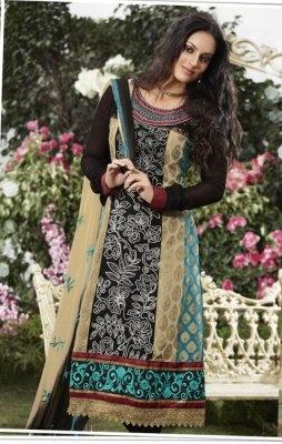 Adaa's Black Unstitched Cotton Suit