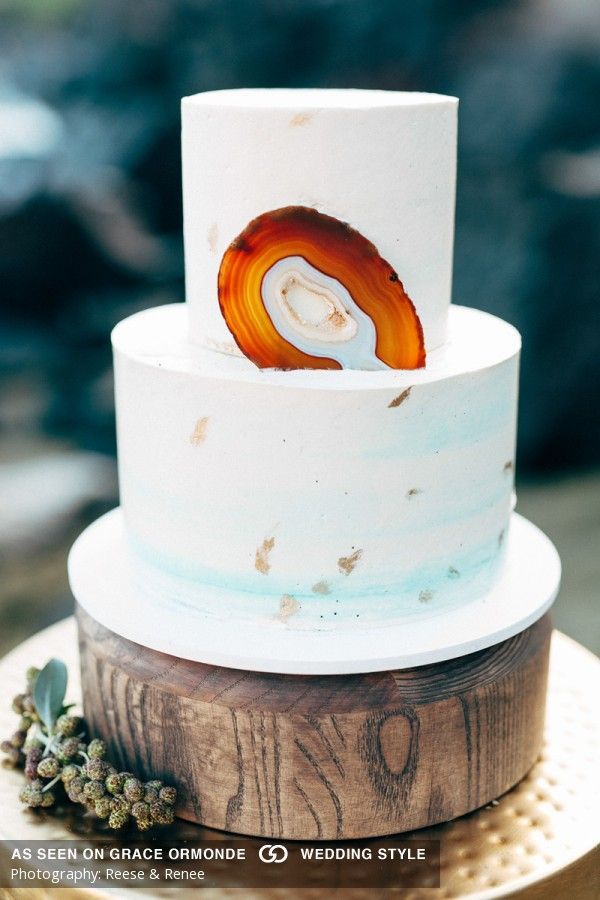 Bohemian wedding cake, Geode wedding cake, Pineapple Bakery, Big Island Hawaii