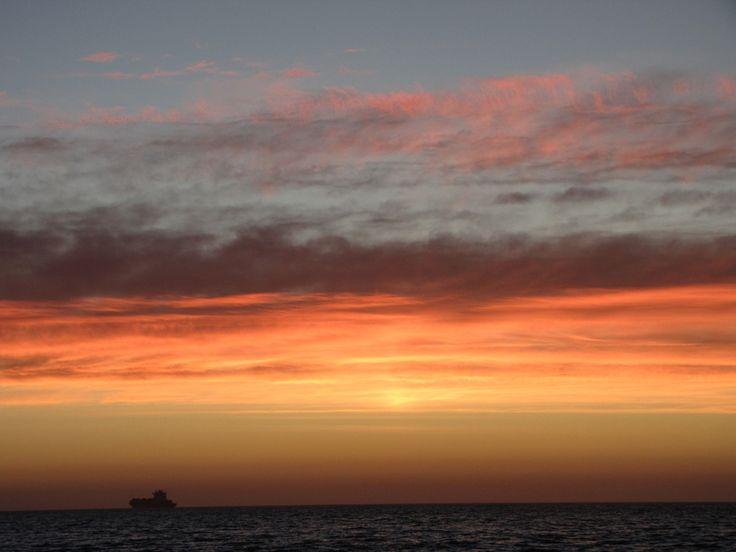 #CapeTown's famous sunsets!