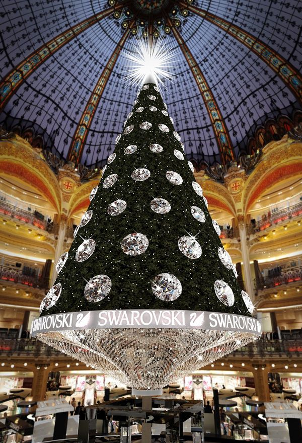 Christmas Tree at the Galeries Lafayette, Paris