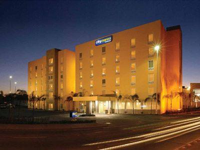 Hotel City Express León en León, Reserva de Hoteles en León
