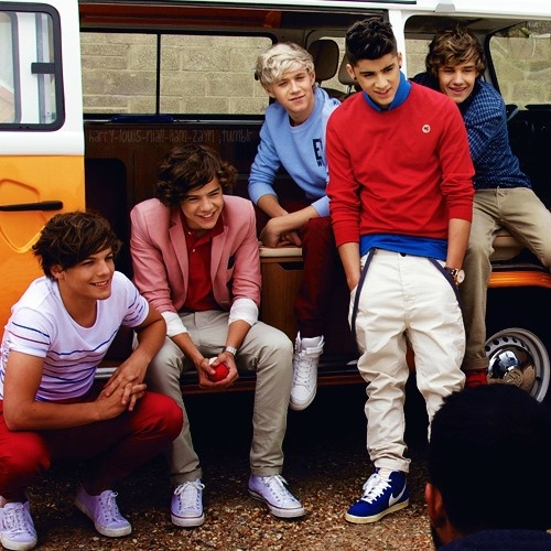 I dont think there is anything better than a British boys band!! One Direction <3
