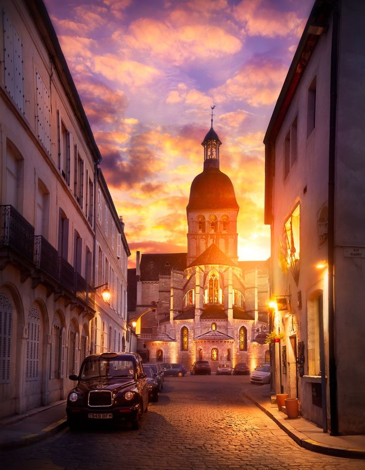 Sunset in #Beaune by Thomas Kuipers on 500px #France #Europe