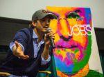 "Watch Ashton Kutcher Blow Kids' Minds With Steve Jobs Quotes In ""Smart Is Sexy"" Speech | TechCrunch"
