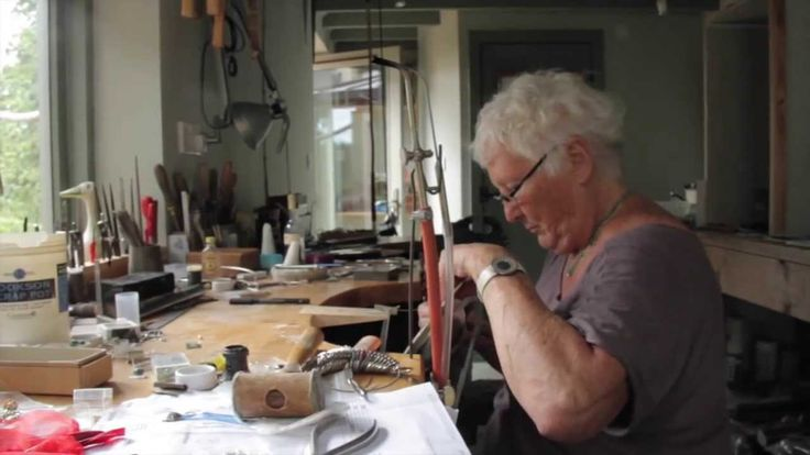 Patricia (Hamilton) Freeman trained at the Sir John Cass College in London. She now works as a silversmith and jeweller in Oxfordshire, specializing in table...