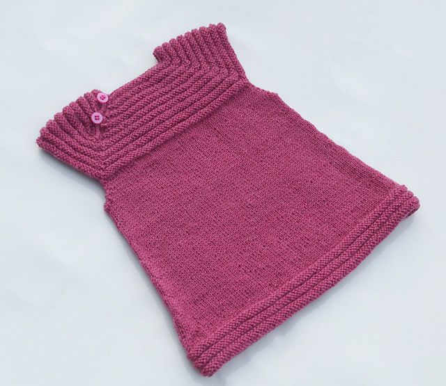 Little Sister's Dress (free ravelry download)