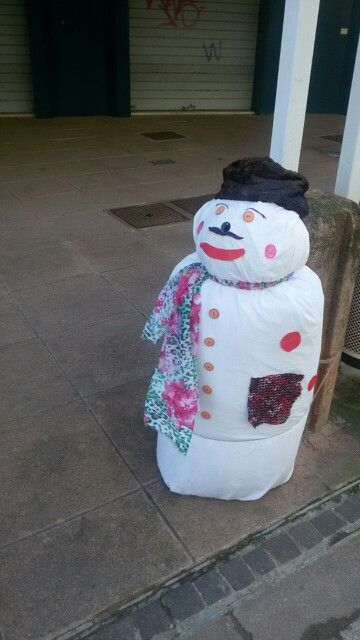 Il cugino di #Olaf, pupazzo di neve di #Frozen, lo abbiamo incontrato nel centro di #IgeaMarina