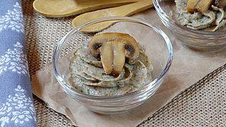 Perfetta per accompagnare i vostri secondi piatti, da spalmare sui crostini, per farcire la pasta ripiena o i bignè salati […]