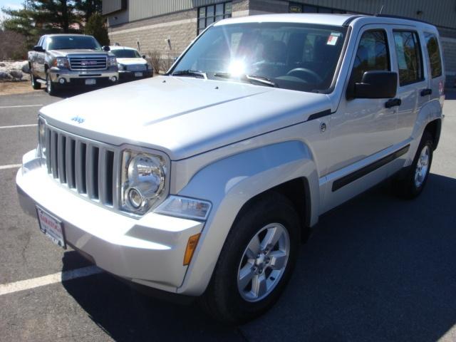 2012 Jeep Liberty Sport SUV in Saratoga | Internet Price $19,995 | 4 door SUV, 3.7L V-6 cyl., 4-Speed Automatic, Bright Silver Metallic Ext.,   Dark Slate Gray Int., Mileage-6,519, Stock Number-U2970, VIN-1C4PJMAK9CW199506, Model-KKJL74 | (888) 310-2939 | http://www.saratogachryslerjeepdodge.net/used/Jeep/2012-Jeep-Liberty-bb9e8eaf0a0a006401c210148f3399b7.htm