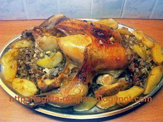 Κοτόπουλο γεμιστό με κιμά και εντόσθια