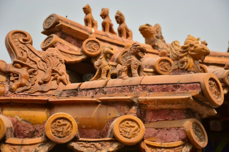 Detail of the roof tiles