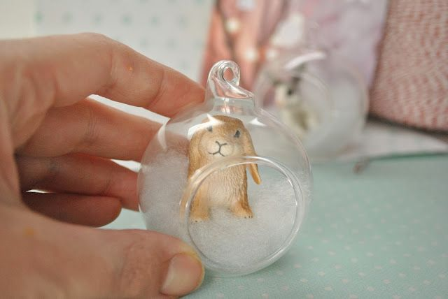 diy christmas ornament- use Schleich animals