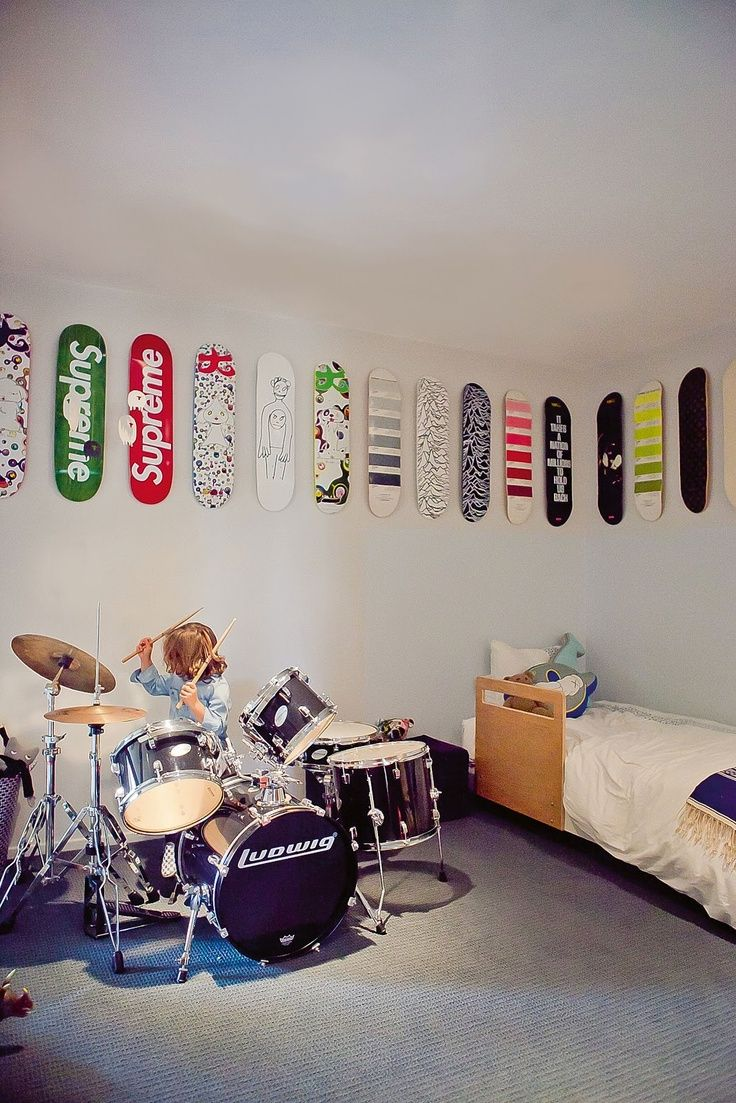 Wall Decor For Little Boys A Skate Ride In The Room Kids Room Pinterest Awesome Drums