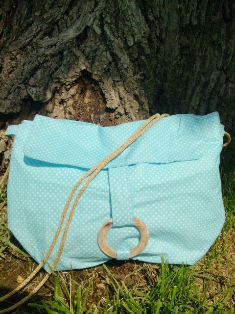 Kék pöttyös nyári táska, Táska, Válltáska, oldaltáska, Kék-fehér pöttyös pamut női táska  Méret: 26 cm magas/36cm széles Vállpánt hossza: 112 cm ..., Meska