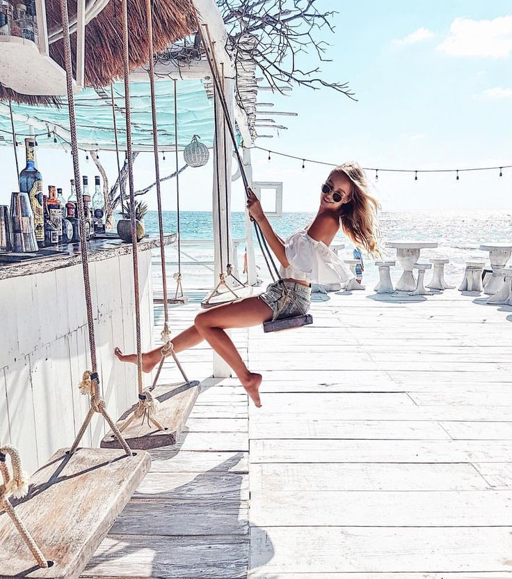 """41.7k Likes, 620 Comments - Leonie Hanne (@ohhcouture) on Instagram: """"Today's happy mood while on my way to discover a new exciting destination with @lufthansa, Alex and…"""""""